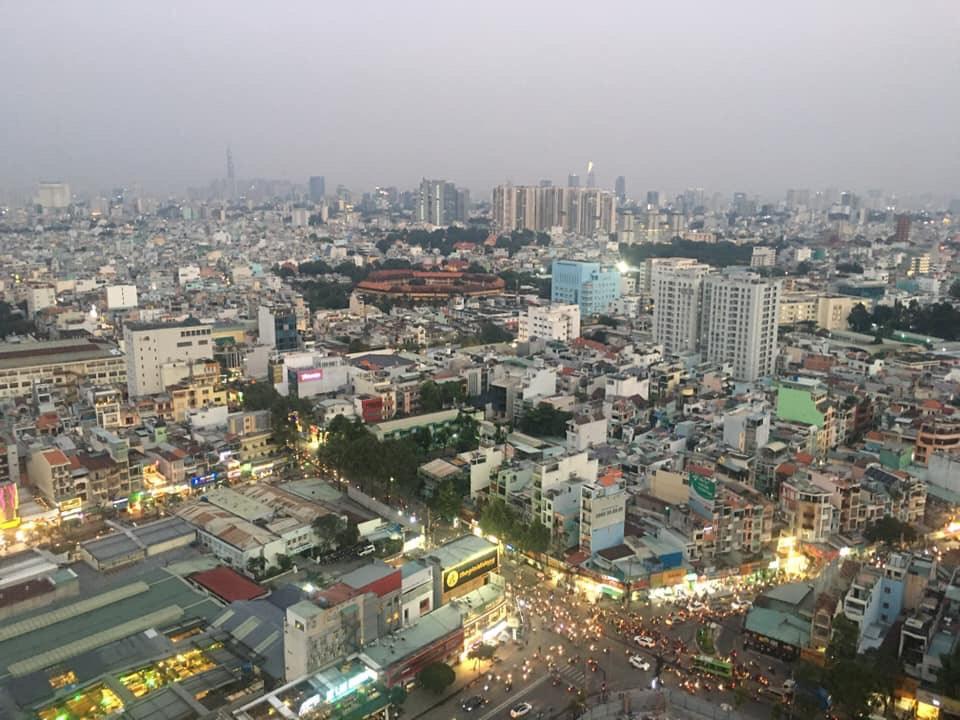 huong view cua can ho kingdom 101 3 phong ngu