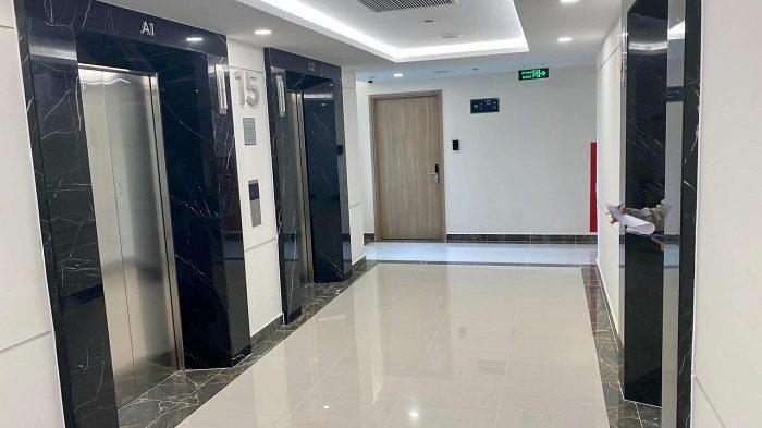 thang máy đạt tiêu chuẩn trong căn hộ chung cư