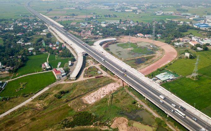 Đường cao tốc Bến Lức TP HCM Long Thành