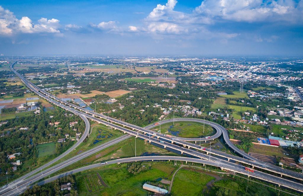 Tuyến đường cao tốc tphcm trung lương